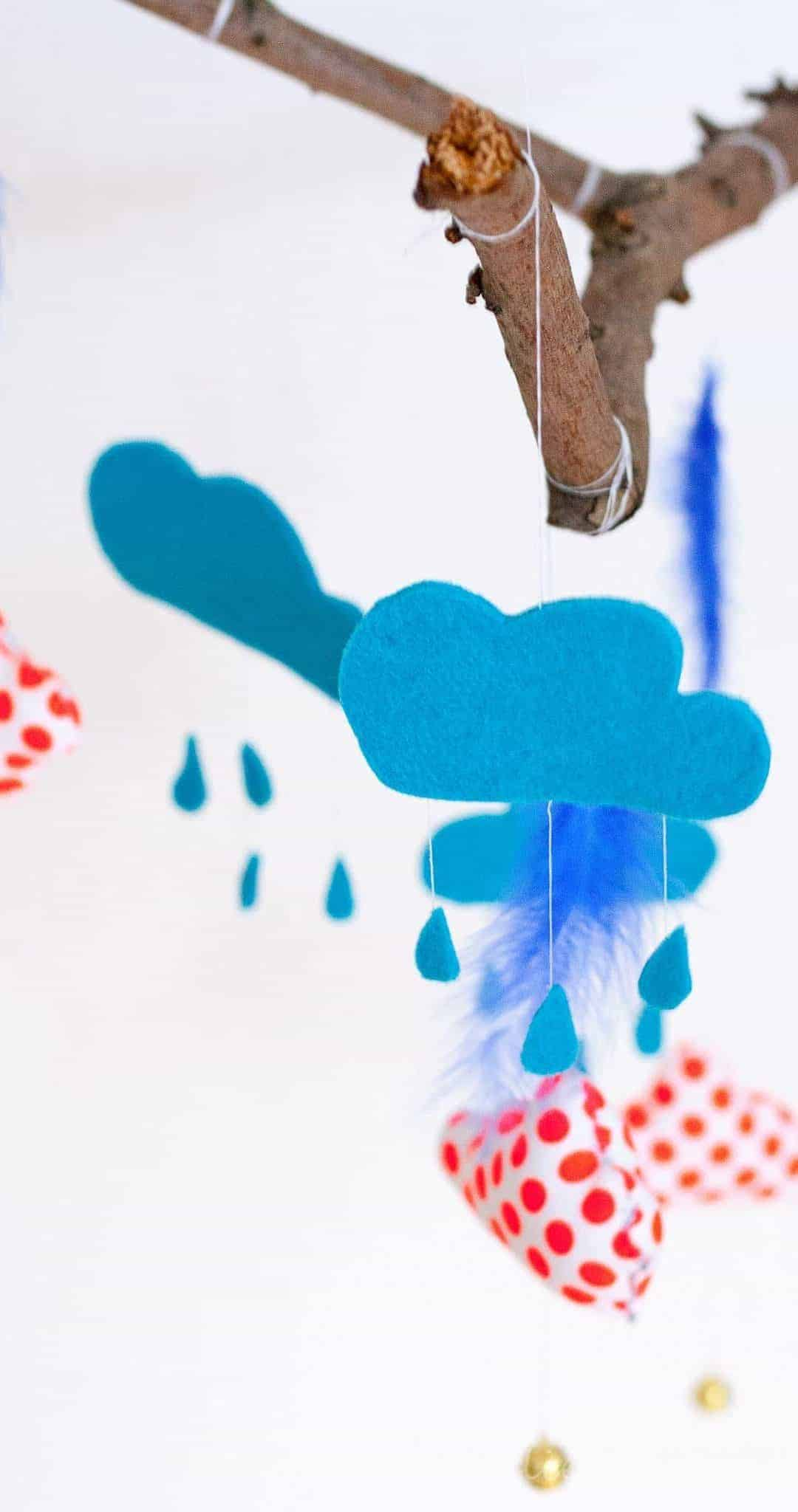 DIY Baby Mobile >> Wolkentraum